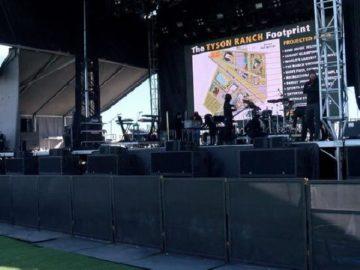 Panggung musik Kind Music Festival, festival musik dan ganja yang digelar di perkebunan milik Mike Tyson di California City pada Sabtu 23 Februari 2019 atau Minggu WIB. (kesq.com)