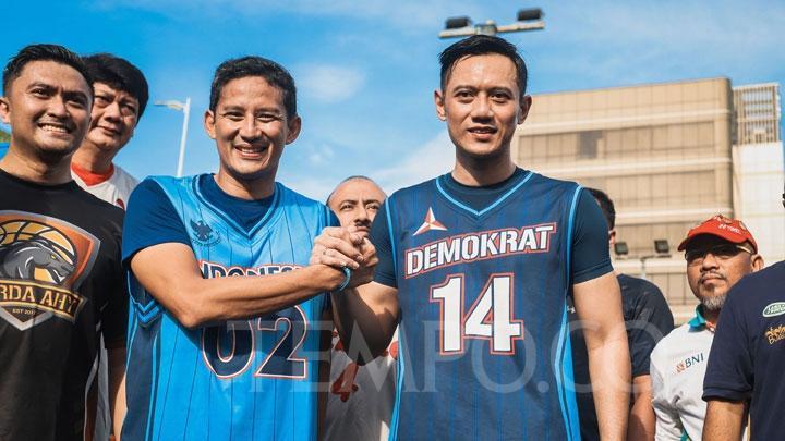 Kerap Ber-whatsapp dengan AHY, Sandiaga: Sesama Anak Jaksel