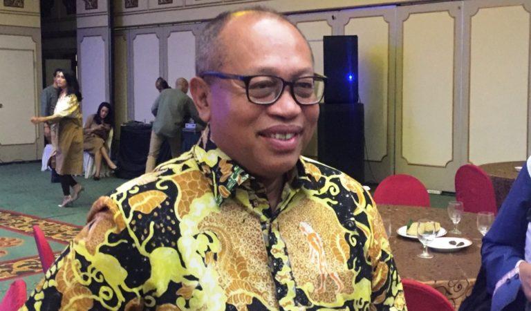 ?Dirut BPJSTK Dukung Menteri Susi Menantang Bos Facebook