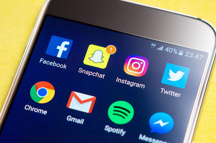 Benarkah Facebook, Instagram dan Media Sosial Lainnya Meningkatkan Risiko Kerusakan Mental pada Anak?