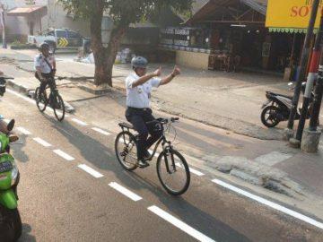 Gubernur Anies Sarankan Pesepeda Gunakan Aplikasi Peta Google Maps dengan Mode Pejalan Kaki