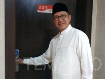 Lukman Hakim Saifuddin di depan kamar tidurnya di kantor Daerah Kerja Haji Indonesia di Mekah, Rabu, 7 Agustus 2019. Tempo/Reza Maulana