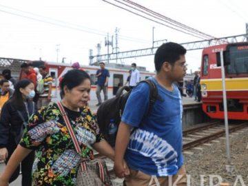 Pengamat: Pembenahan Fasilitas Kereta Commuter Line Bagus, Tapi Jangan Kurangi Lahan Parkir