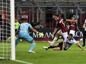 LINK Siaran Live Streaming BeIN SPORTS 2 - LINE UP Crotone vs AC Milan
